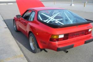 Porsche 944 (red)