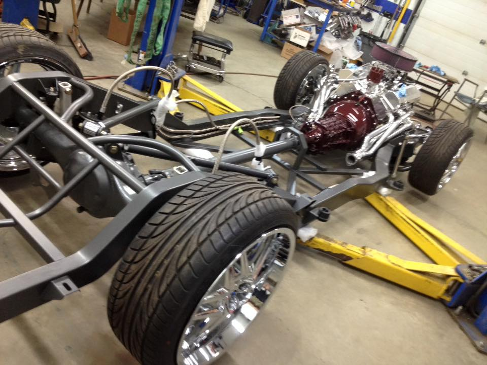 Custom S10 Chassis, V8, Bagged and Body Dropped | Burr Fabrication